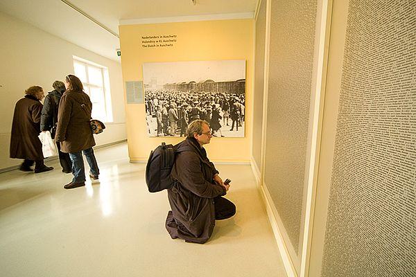 Namenwand in Nederlands Paviljoen Auschwitz I